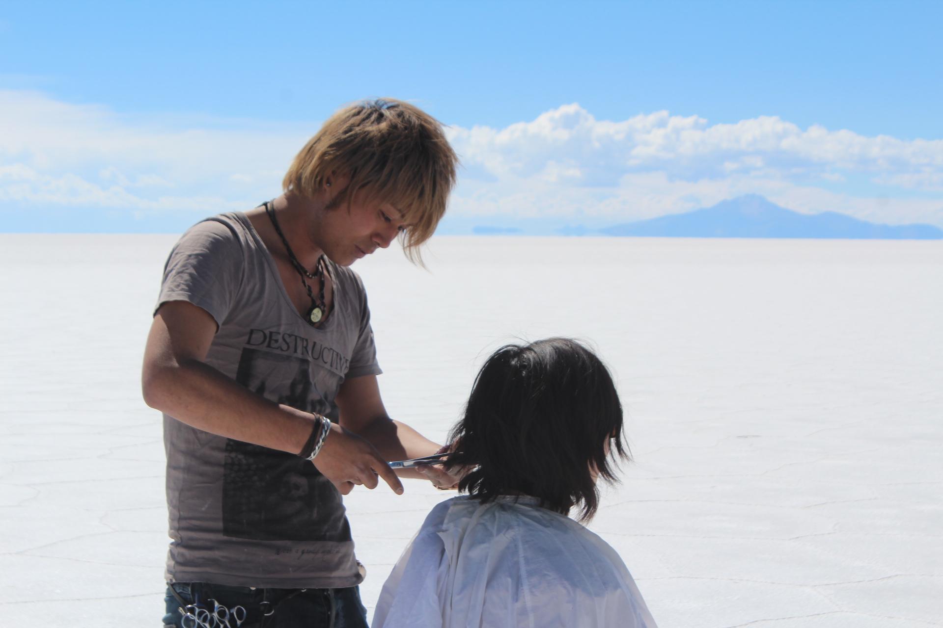 ボリビア乾季のウユニ塩湖