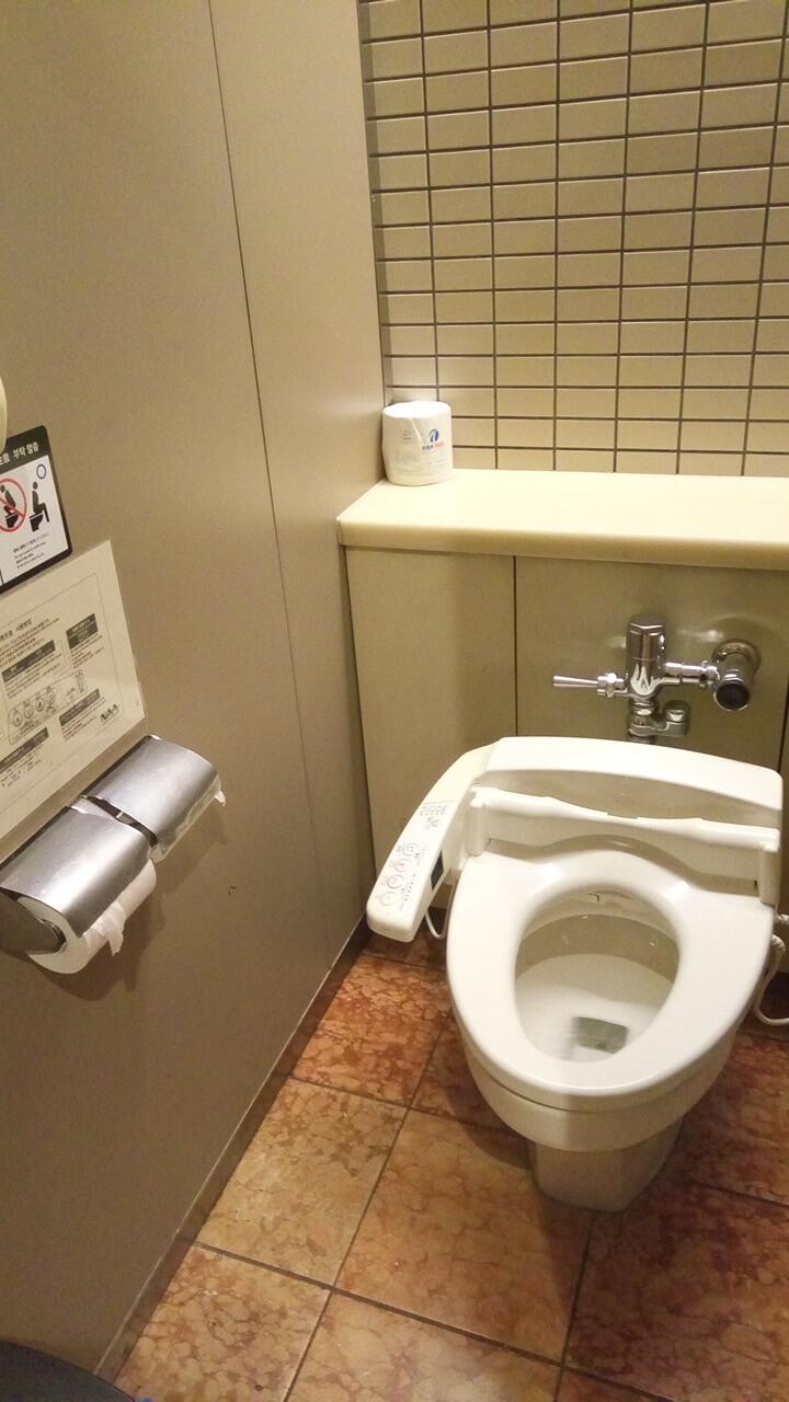 成田空港のトイレ