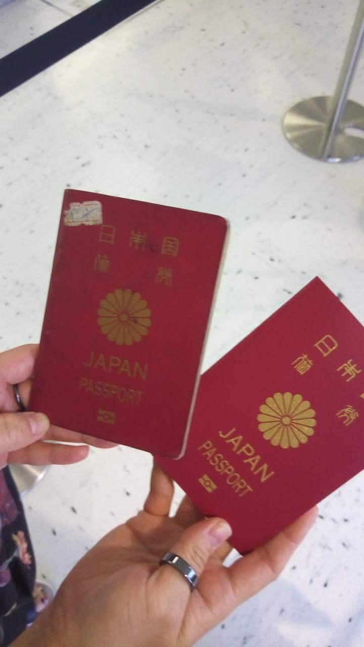 ボロボロのパスポート