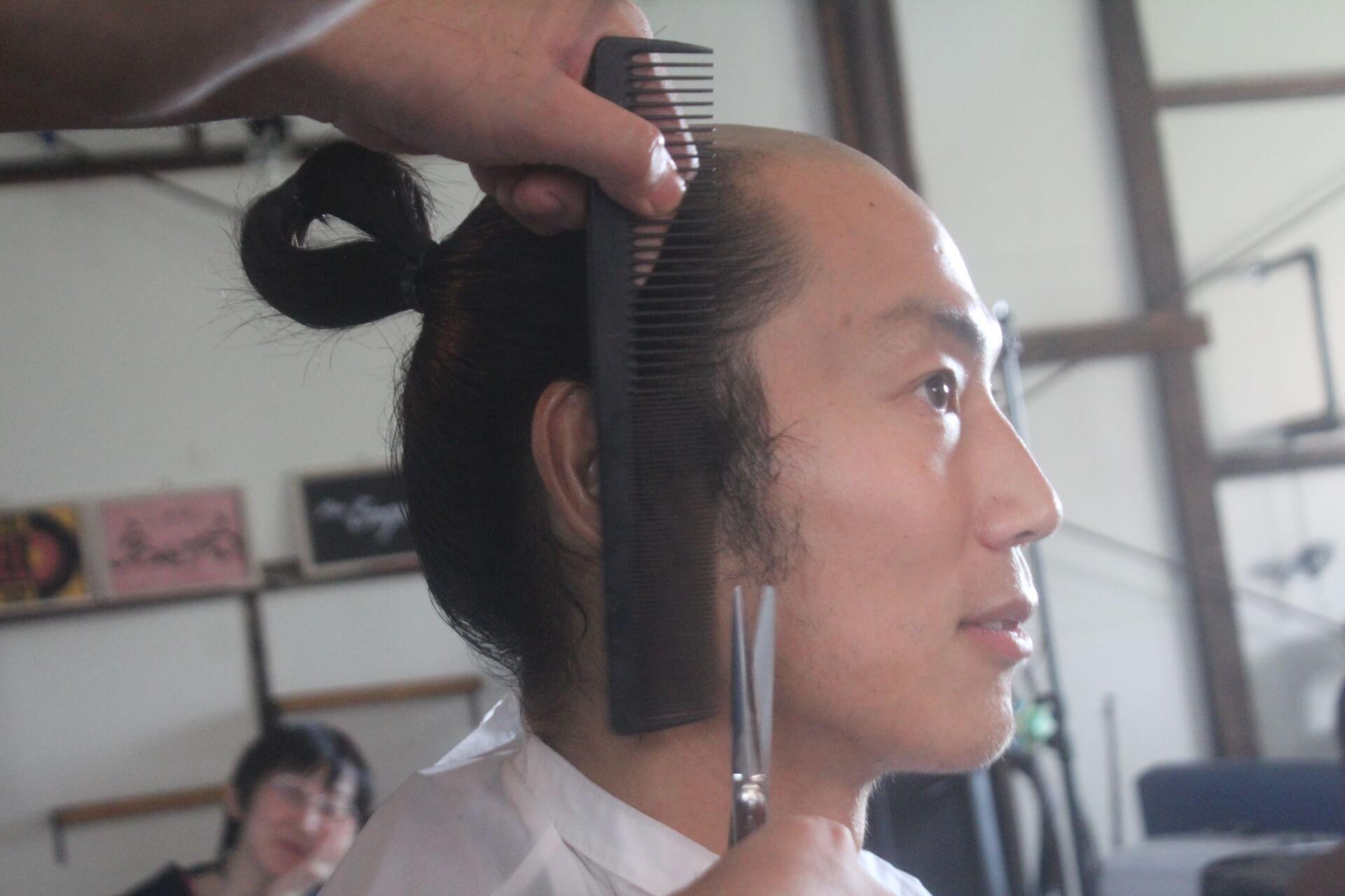 ちょんまげ髪型