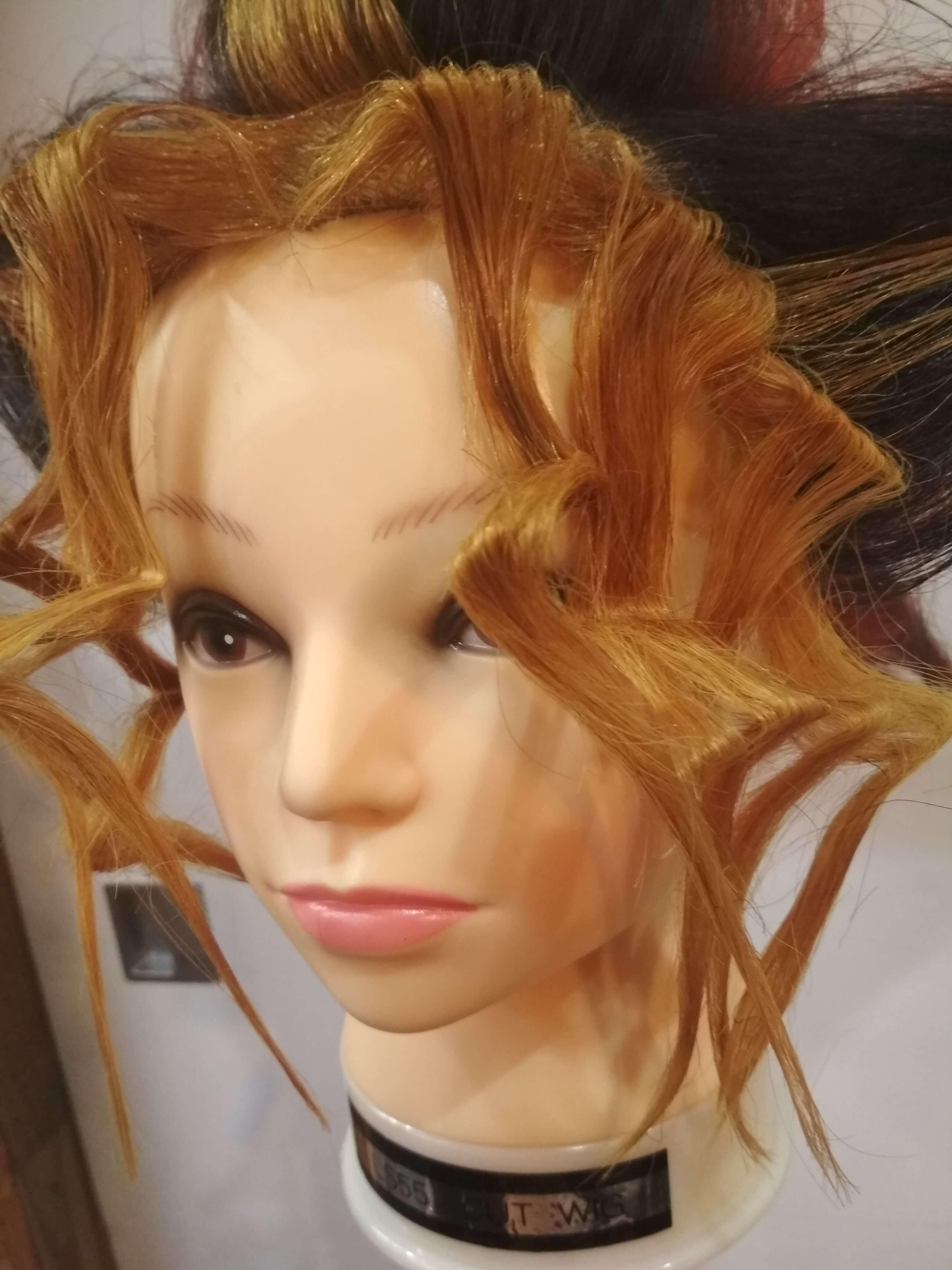 遊戯の前髪